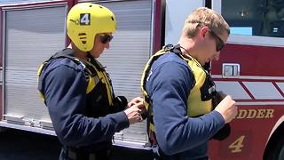 Tucson Fire crews train for monsoon rescues - Video