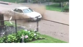 Flash Flooding Fills Pittsburgh Streets as More Rain Forecast - Video