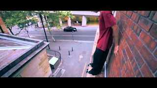 Daredevils Do Parkour In Sydney - Video