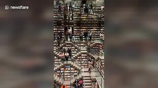 Incredible Book Shop Opens In Chinese Mountain City - Video