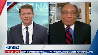 """CHARLES BARKLEY: POLITICIANS USE RACE TO """"DIVIDE AND CONQUER"""""""