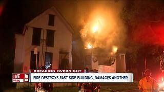 Firefighter hurt working overnight fire in Buffalo - Video