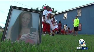 Community remembers Belle Glade mom killed in hit & run - Video