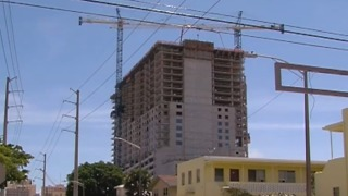 What will happend to cranes during hurricane? - Video