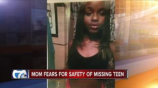 Mysterious text messages bring more worry to family of missing 14-year-old