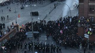 Police Use Water Cannon to Disperse G20 Protestors in Hamburg - Video