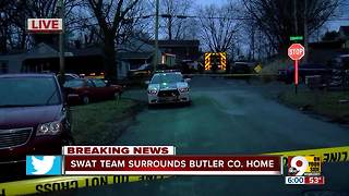 SWAT standoff at Hamilton home after 'domestic incident' - Video