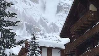 Avalanche Seen Above Zermatt as Fresh Warnings Issued - Video