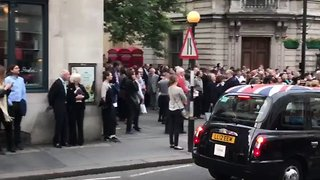 Fire Alarm Prompts Evacuation at Royal Opera House - Video