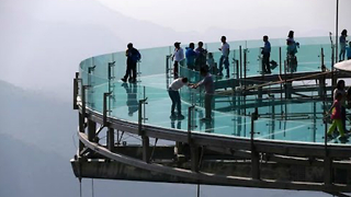 We Present You The World's Largest Glass Viewing Platform  - Video