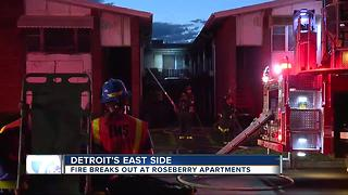 Fire destroys apartment complex in Detroit - Video
