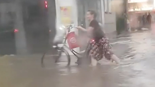Businesses Flooded Amid Heavy Rain in Wuppertal - Video