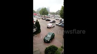 Flooding hits Sarajevo causing traffic disruptions - Video