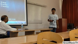 Student raps entire class presentation - Video