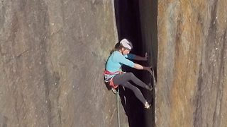 Stomach churning video shows woman scaling giant quarry in Wales