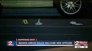 Broken Arrow police welcome new officers - Video