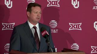 University of Oklahoma Sooners head coach Bob Stoops announces retirement - Video