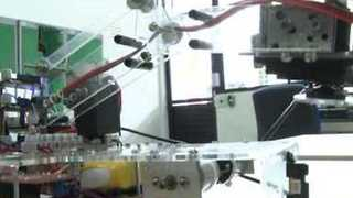 Robotic Arm Picks Up Objects Using Image Processing - Video