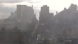 Timelapse Shows Storm Rolling Through Manhattan - Video