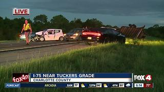 Five vehicle crash slows I-75 in Charlotte County - Video