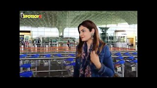 Raveena Tandon, Suniel Shetty with wife spotted at the airport leaving for Jaipur
