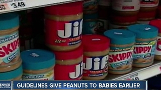 New guidelines advise parents to give peantus to babies - Video