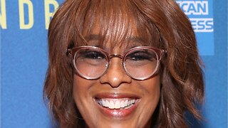 "Oprah Says Gayle King ""Not Doing Well"" After Kobe Backlash"