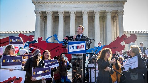 Supreme Court blocks lower courts' order to redraw congressional maps