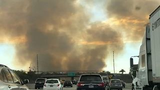 Huge Plume of Smoke Rises Over Freeway Amid Brush Fire in Irwindale, California - Video