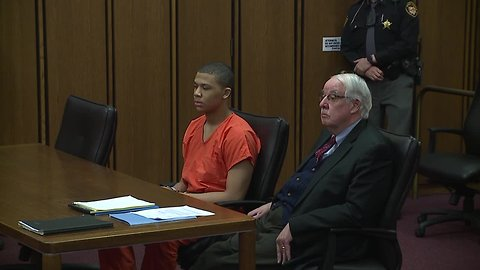 Teen egg robber sentenced for shooting at Cleveland priest