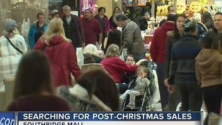 Shoppers flood area malls for post-Christmas sales - Video