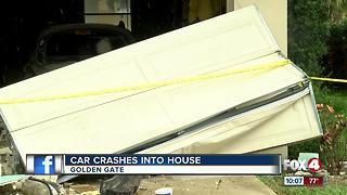 Driver plows through Golden Gate home, flees - Video