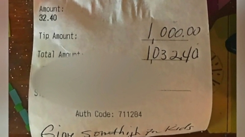 How This Single Mom Handled an Incredibly Unexpected Tip Is Surprising Her Whole Town