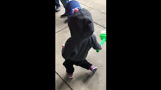 Little boy shows off his hilariously precious dance moves