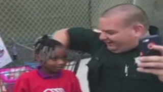 Kids shop with local law enforcement - Video