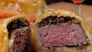 Mini Beef Wellingtons - Video