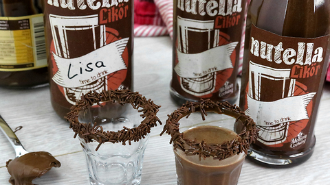 How to make Nutella liqueur shots