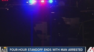 Police end standoff with suspect in KCMO - Video