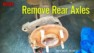Remove Axles GM 10 Bolt C-Clip Posi Rear End - Video