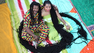 Newly Dreads: Woman With World's Longest Dreadlocks Weds Her Hairstylist - Video