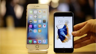 Apple Lowers iPhone Prices In China