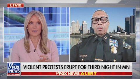 Detroit's Police Chief Has a Cutting Message for Maxine Waters
