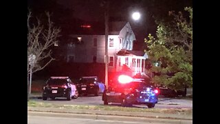 Cleveland police officer shot during standoff situation on East 81st Street near Euclid Avenue