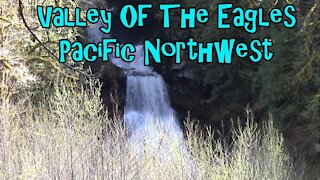 Valley Of The Eagles Hiking Trail Washington State Pacific Northwest