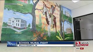 Controversy over school mural - Video