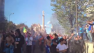 Clashes between Marseille football fans and police - Video