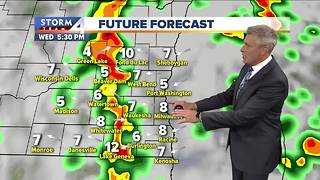 Foggy and scattered showers Wednesday - Video