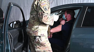 Arizona National Guard supports COVID-19 vaccination site