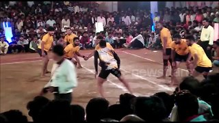 Several injured after stage collapses during kabaddi match in central India - Video