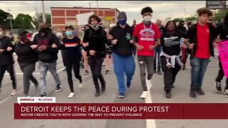Detroit keeps the pease during protest